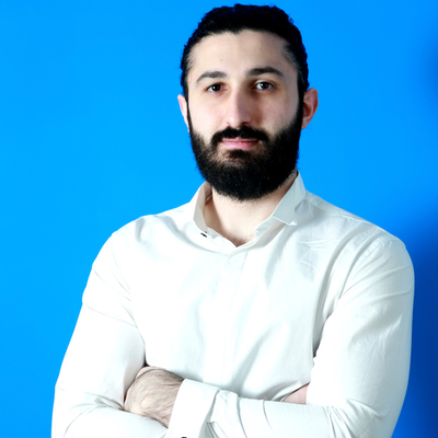 Medium kassem hijazi